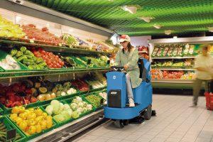 curatenie-supermarket-1