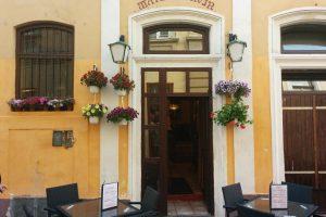 Matei Corvin Restaurant
