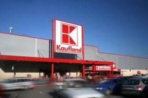 Cladire comert Kaufland