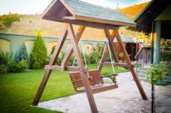 Prodind Impex s.r.l. - Producator usi si frestre din lemn Baia Mare