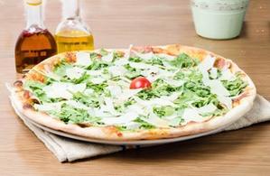 Pizza Crudo e ruccola