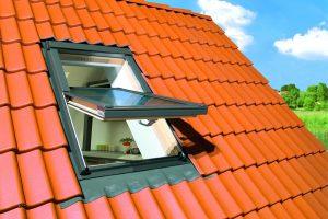 ferestre-Fakro-Bilka-Wood-Steel-Construct-1-600x450px