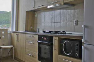 mobila bucatarie apartament