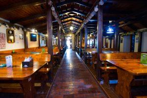 restaurant Queens Music Pub
