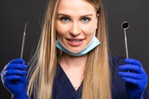 Dr. Laura Rusu - Cabinet Stomatologic Baia Mare