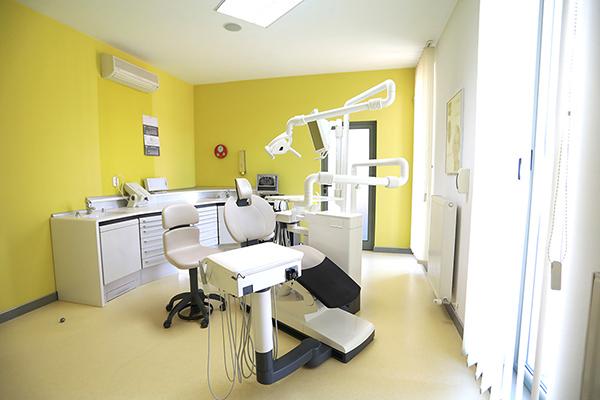 Dentart Baia Mare - Protetica si Lucrari Protetice Baia Mare - Cabinet stomatologi Dentart - Cabinet stomatologic Baia Mare