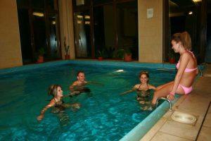 piscina-interioara-secret-garden-1
