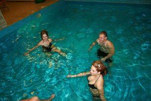 piscina-interioara-secret-garden-2